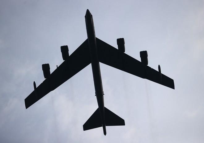 Chiến đấu cơ, oanh tạc cơ bay biểu diễn mừng Quốc khánh Mỹ - ảnh 5