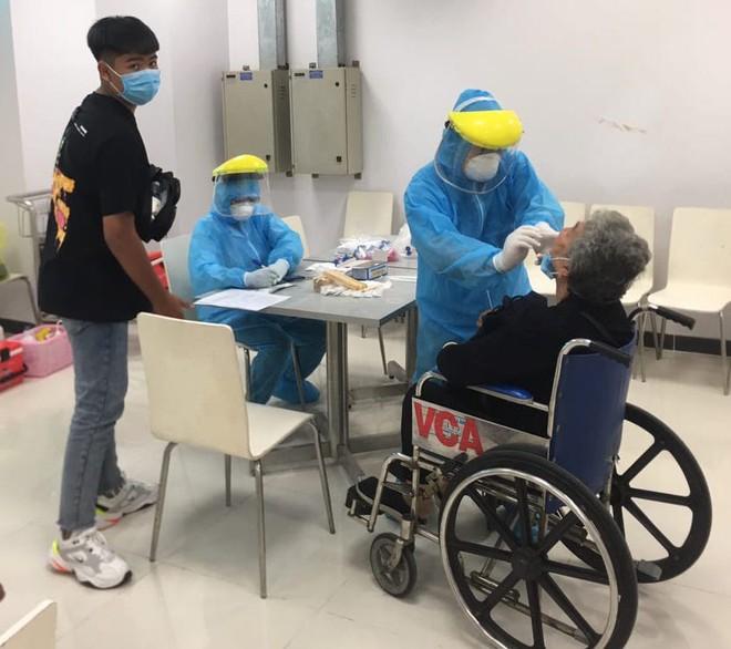 Cần Thơ: Xét nghiệm Covid-19 với 693 hành khách về từ Đà Nẵng - ảnh 1