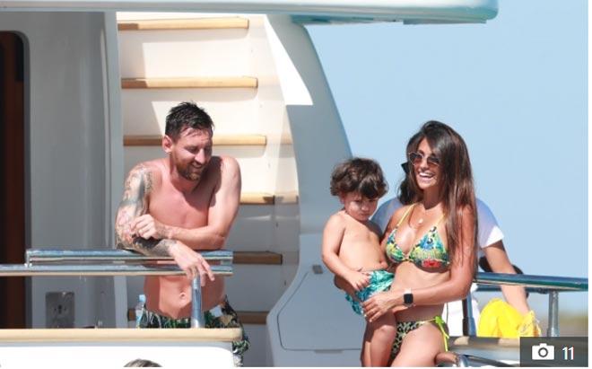 """La Liga hạ màn: Messi và dàn sao Barca - Real """"xả hơi"""" bên dàn mỹ nữ - 2"""