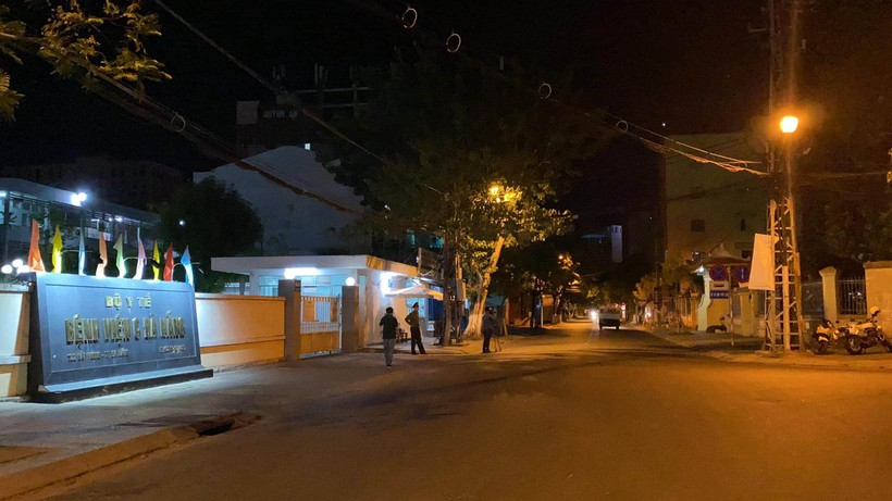 Đà Nẵng đã phong tỏa một số con phố - ảnh 5