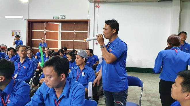 Gói hỗ trợ Covid-19 cho công nhân gặp khó khăn vì quy định ngặt nghèo - ảnh 2
