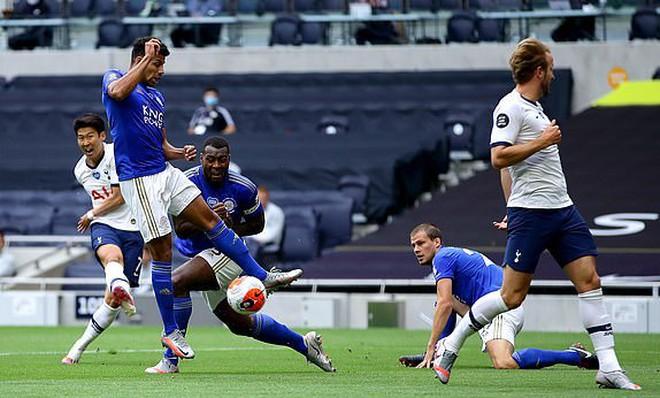 """Kết quả Ngoại hạng Anh, Tottenham 3-0 Leicester: """"Spurs"""" mang tin vui cho M.U và Chelsea - ảnh 1"""