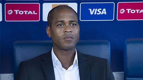 Dàn sao Barca muốn Kluivert trở lại thay HLV Setien