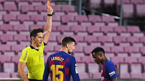 Nhận thẻ đỏ thần tốc, thần đồng Barca khó lập kỷ lục tại La Liga