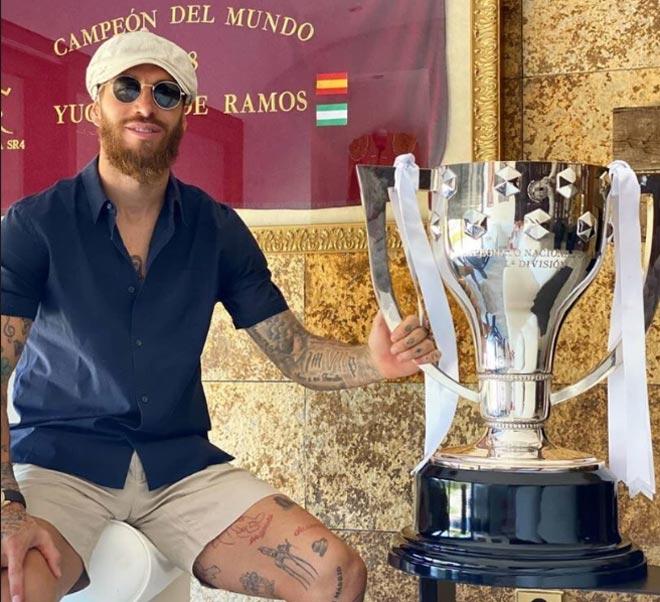 """La Liga hạ màn: Messi và dàn sao Barca - Real """"xả hơi"""" bên dàn mỹ nữ - 9"""