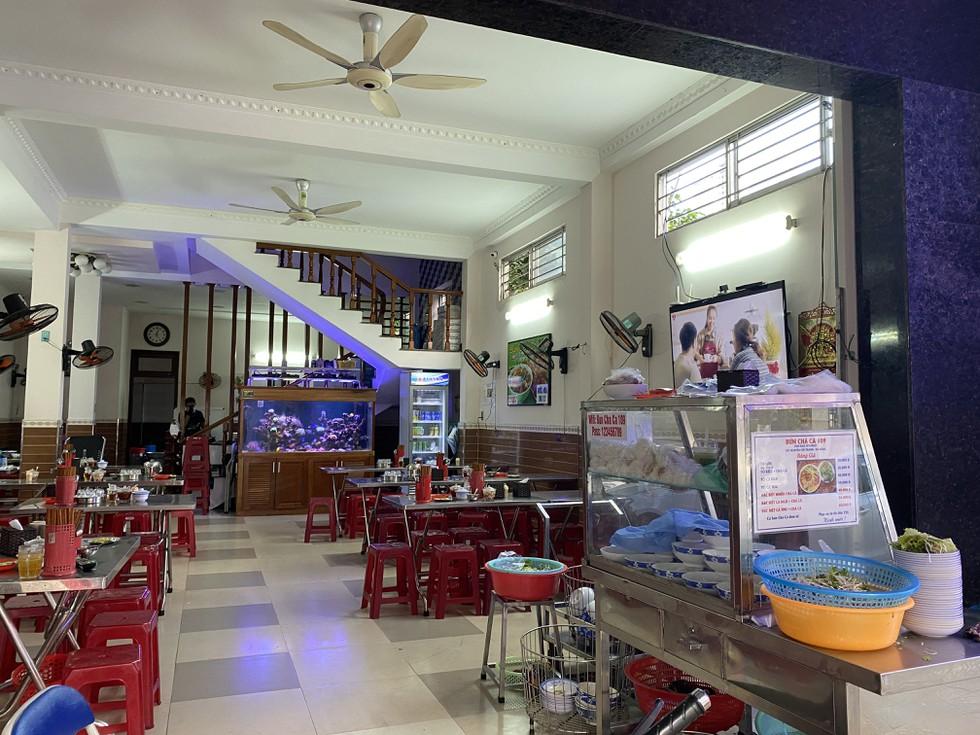 Cận cảnh nhịp sống Đà Nẵng trước giờ giãn cách xã hội phòng Covid-19 - ảnh 4