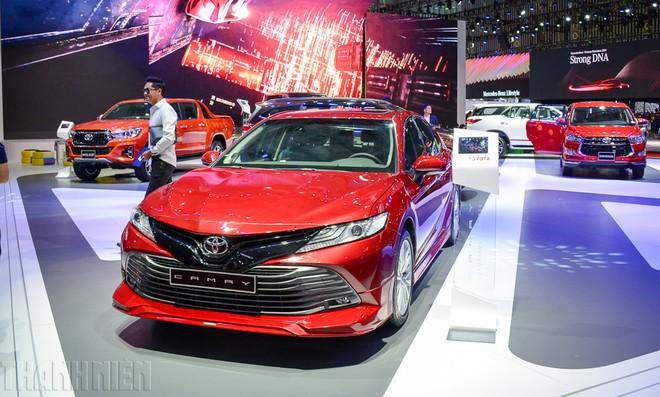 Sedan hạng D: Cuộc đua 'trẻ hóa', Mazda6 thách thức Toyota Camry - ảnh 3