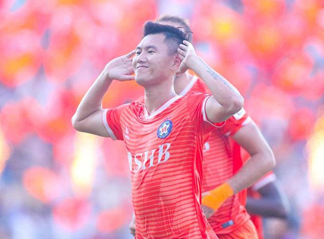 Chân sút khiến V-League 2020 phát sốt từng bị lãng quên - 1