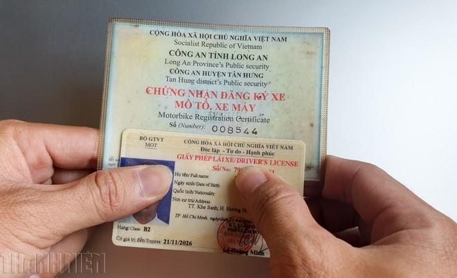 Từ năm 2021, cấp giấy đăng ký ô tô xe máy bằng thẻ nhựa có mã QR - ảnh 2