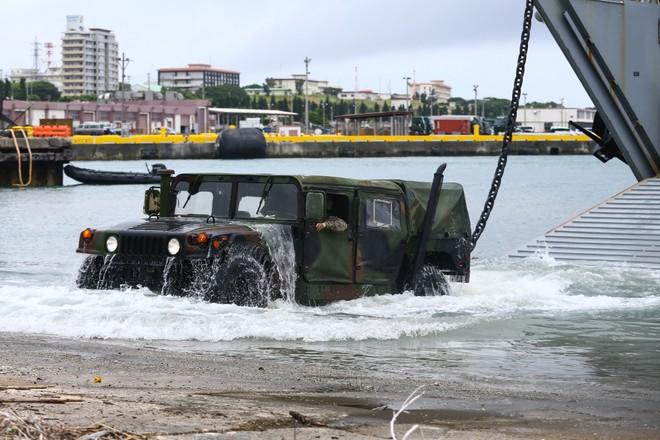 Hải quân Mỹ thao diễn rầm rộ ở Biển Đông và vùng lân cận - ảnh 6