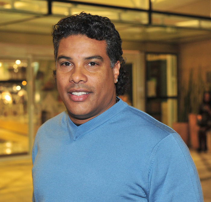 Chân dung ông anh quý hóa của huyền thoại Ronaldinho, người đã đưa cả hai anh em vào tù - Ảnh 2.