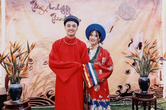 Cô dâu chú rể Cao Bằng mặc cổ phục Việt trong ngày cưới gây ấn tượng - ảnh 3