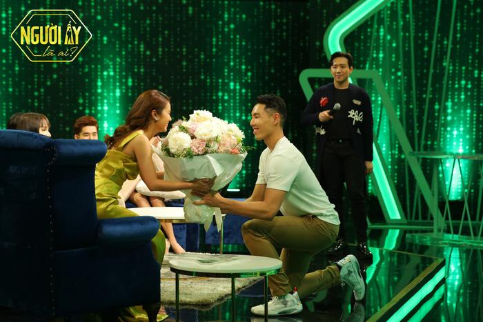 Người ấy là ai: Bằng chứng cho thấy Justin Young và Phan Thiên Tâm là trai tài gái sắc, trời sinh một cặp - Ảnh 1.