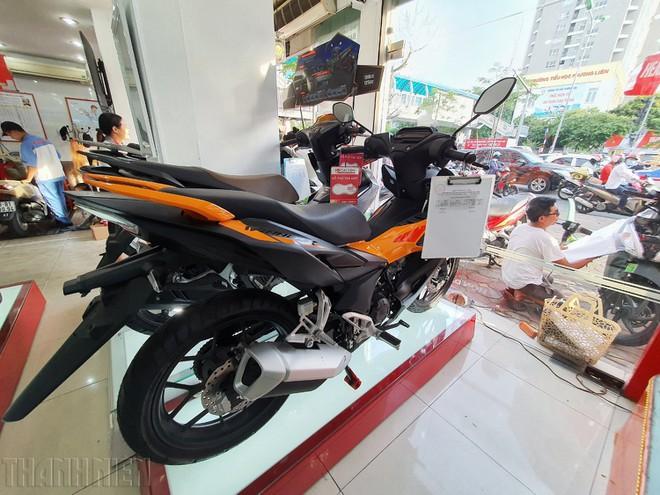Sau 1 năm ra mắt, Honda Winner X 'giá nào cũng bán' - ảnh 1