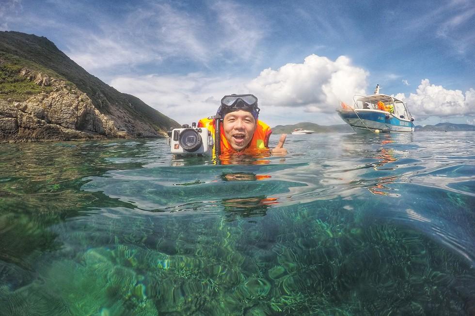 'Choáng' với cột san hô khổng lồ khi lặn biển ở Côn Đảo - ảnh 15