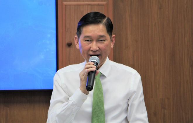 HĐND TP.HCM: Tạm đình chỉ nhiệm vụ đối với các ông Trần Vĩnh Tuyến, Trần Trọng Tuấn - ảnh 1