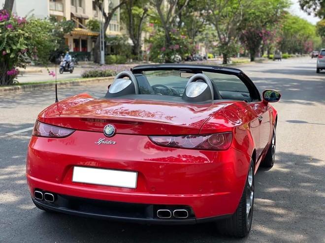 Alfa Romeo Spider độc nhất Việt Nam rao giá hơn 900 triệu đồng - ảnh 1