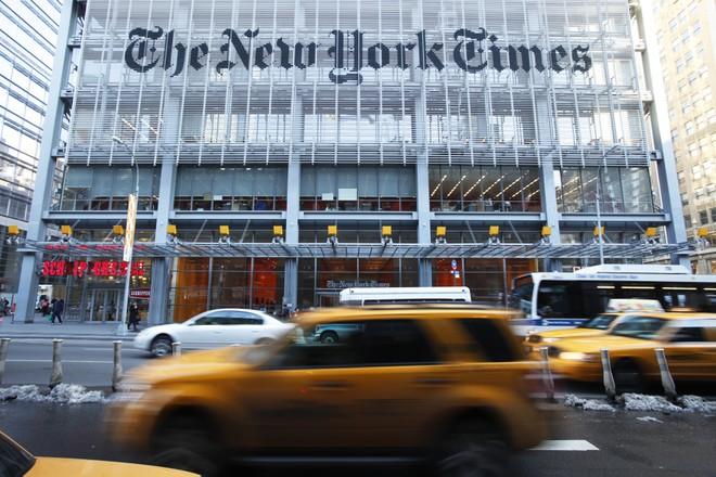 Trung Quốc trả đũa, gây áp lực với 4 hãng truyền thông Mỹ - ảnh 1