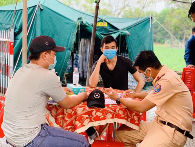 """""""Choáng"""" với lịch trình 5 nữ bệnh nhân Covid-19 mới ở Quảng Nam - 1"""