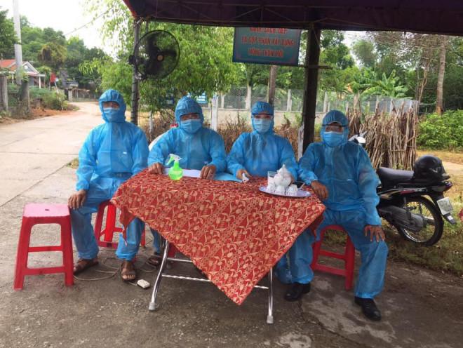 """""""Choáng"""" với lịch trình 5 nữ bệnh nhân Covid-19 mới ở Quảng Nam - 2"""